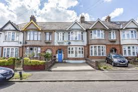 4 Bedroom House Portico 4 Bedroom House Recently Sold Sstc In Woodford