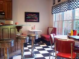 Diner Style Kitchen Table by 29 Best 1950s Diner Images On Pinterest 1950s Diner Retro