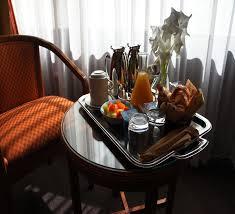 chambre et petit dejeuner petit déjeuner en chambre melun hôtel restaurant le grand monarque