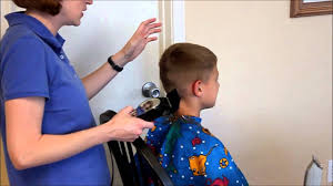 boys haircut clipper number how to do a boys haircut with clippers youtube