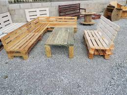 canapé de jardin en palette fabrication d un salon de jardin en palettes guide astuces