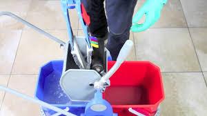 mocio pavimenti pulizia lavaggio pavimento con doppia vasca sistema duo mop