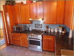 Wood Kitchen Cabinet Cleaner by How To Clean Wooden Kitchen Cabinets Best Way To Clean Painted