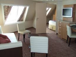 Celebrity Solstice Floor Plan Celebrity Solstice Cabins And Suites Photo Gallery