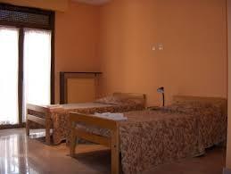 chambres universitaires chambres d hôtellerie pas chères près de la station du rer b bagneux