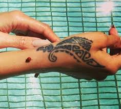 49 best tattoo u0026 henna images on pinterest drawing books and