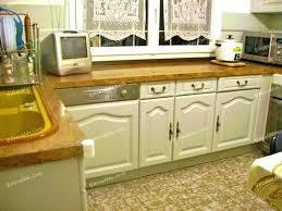 vernis table cuisine peinture table cuisine peinture meubles de cuisine comment decaper