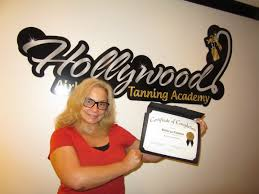 students hollywood airbrush tanning academy