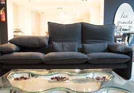 marca divani divano maralunga cassina