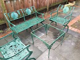 How To Clean Cast Aluminum Patio Furniture A Guide To Buying Vintage Patio Furniture