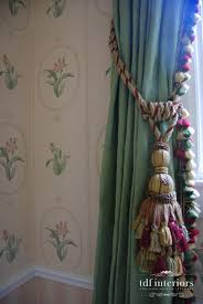 English Country Window Treatments by Traditional Living Room Design In English Country Style For