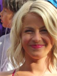 juliane hough s hair in safe haven my personal photos from the movie set of safe haven midlife at