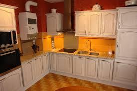 cuisine ancienne a renover agréable renover une armoire ancienne 5 r233novation cuisine
