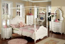 White Wood Furniture Bedroom Wonderful Canopy Bedroom Sets For Bedroom Decoration