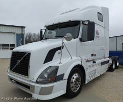 volvo tractor truck 2006 volvo vnl semi truck item db1303 sold may 4 truck