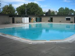 south calgary outdoor pool sw