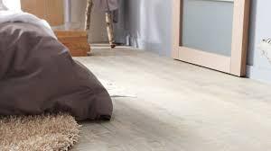 sol vinyle chambre chambre sol vinyle leroy merlin sol pvc gris hudson perle gerflor