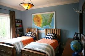 Bedroom Ideas For Brothers 17 Best Images About Decorating Boys Room On Pinterest Vinyls