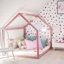 d o chambre d enfants lit cabane dans une chambre d enfants lit cabane lits et chambres