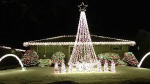 lights synchronized to decor