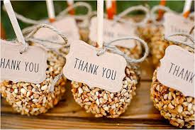 wedding favors your guests with special favors wedding marathon