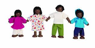 amazon com plan toys doll house ethnic family 7416 toys u0026 games