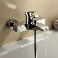 Wall Bathroom Faucet by Chrome Finish Single Handle Wall Mount Bathtub Faucet Bathtub