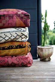 Storage Bags For Garden Cushions by 25 Unique Outdoor Cushions Ideas On Pinterest Cheap Patio