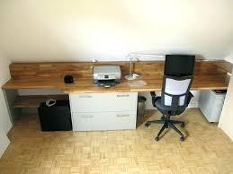 travail dans un bureau plan de travail pour bureau sur mesure plan de travail bureau sur