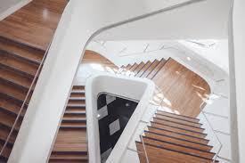 escalier bois design images gratuites aile architecture bois escalier maison sol