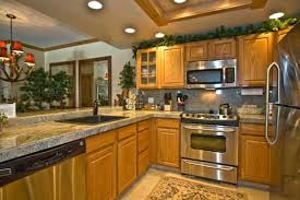 kitchen painting ideas with oak cabinets kitchen paint colors with oak wood cabinets nrtradiant