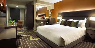 2 Bedroom Suites In San Diego Gaslamp District San Diego Chic Accommodations Best Hotel In The Gaslamp District