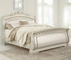 California King Sleigh Bed Signature Design By Cassimore Traditional California King