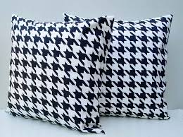Decorative Pillows Modern Decorative Accent Pillows Contemporary Changing Room With