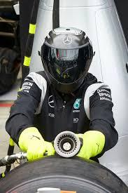 mercedes crew mercedes pit crew f1 pit amg petronas auto racing