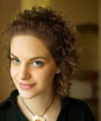 hairstyle for when hair grows back after chemo curly hair solutions curly hair care after chemo naturallycurly com