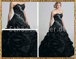 brautkleid in schwarz öses brautkleid schwarz mit drapierungen
