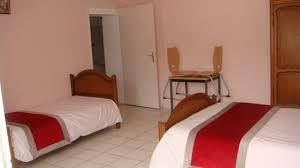 chambre handicapé chambre 2 lits 1 place 1 lits 2 places picture of hotel auberge