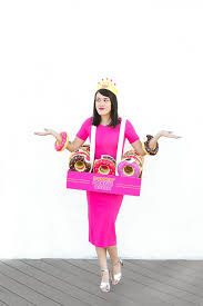 diy donut king u0026 queen halloween costume from aww sam dunkin