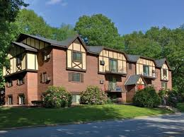 3 Bedroom Apartments For Rent In Springfield Ma Massachusetts Pet Friendly Apartments U0026 Houses For Rent 8 454