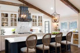 joanna gaines light fixtures chip and joanna gaines to the rescue simple fixer upper projects