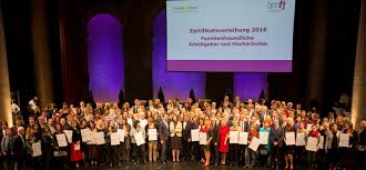 Aspen Bad Oldesloe Berufundfamilie Service Gmbh Zertifikatsverleihung In Wien 2016