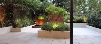 fontane per giardini laghetti in giardino e fontane spazi d盍acqua ungiardinoperme