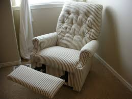 How To Make A Slipcover For A Couch Do It Yourself Divas Diy Reupholster An Old La Z Boy Recliner