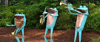 copper frogs copper frog sculptures bronze garden cobb
