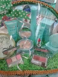 Satu Set Alat Make Up Wardah toko kosmetik wardah paket seserahan pernikahan parcel