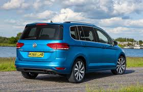 the clarkson review 2016 volkswagen touran 2 0 tdi