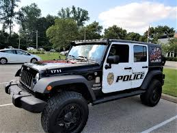 police jeep wrangler dave dennis chrysler dodge and jeep recognized for their support