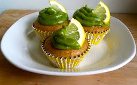 lemon cupcakes with avocado frostingdempseyfit