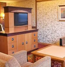 chambre golden forest wonderful disneyland en hôtel séquoïa lodge